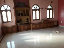 3BHK Residential Building for rent with covered car parking for family