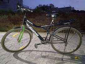 Avon Josh cycle in good condition only use 6 months  With good braks