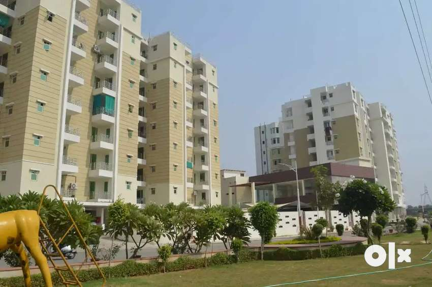 Best Location Furnished 2bhk Flat in Cosmo valley