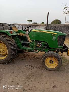 John Deere 5105 in good condition less used