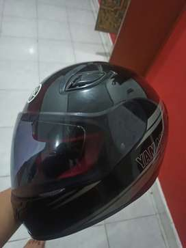 Helm Yamaha full face