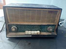Philips Old radio