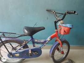 Imported Cycle Very Good Condition Tubeless tyres so kids play Anytime