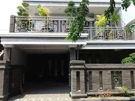 Rumah mewah 2 lantai 300 m2 strategis sebelah jl raya