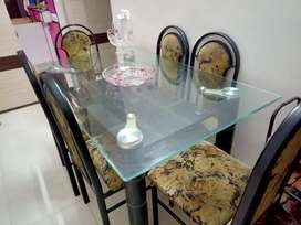 Excellent Dining Table set for sell