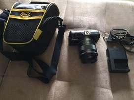Canon m2 black 18mp lens 16-45mm OIS batangan resmi MURAH