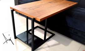 Floating center table