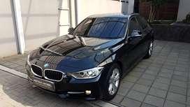 BMW 320i N20 2.0 AT Matic 2015 Hitam ASTINA MOBIL