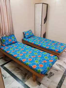 Gajanand paying guest for male at all prime location Ahmadabad