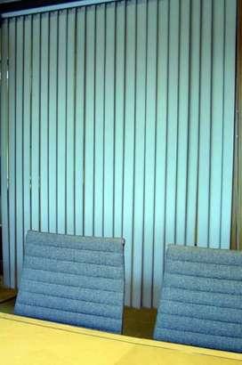 Gorden gordyn vertical desain susunan minimalist