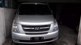 "Hyundai H1 matik 12 seat 2010 siap pakai ""murah"""