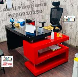 Exclusive designed S shaped office tables exicutive tables chairs