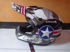 Helm JPX size XL