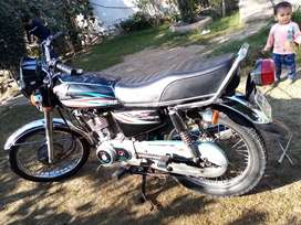 I'm selling my Honda 125 in lush Condition