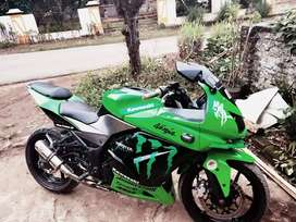 Jual motor kawasaki ninja 250 karbu