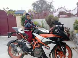 RC390 good condition first owner