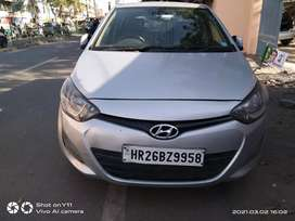 I AM SALE I20 CAR YEAR 2013 GOOD CONDITION