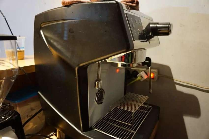 Jual Mesin Espresso pemakaian 1 minggu 0
