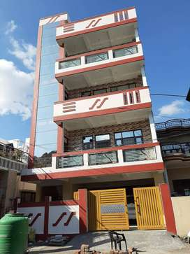 Rent or lease newly built appartments at prime location park road