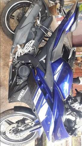 Yamaha R15 Racing model