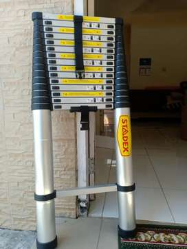 Tangga telescopic