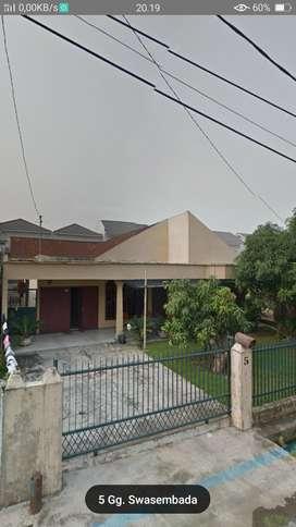 Rumah Kampung Jl. Menteng VII
