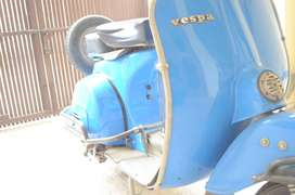 Vespa Scooter 1978 Model -- Reconditioned