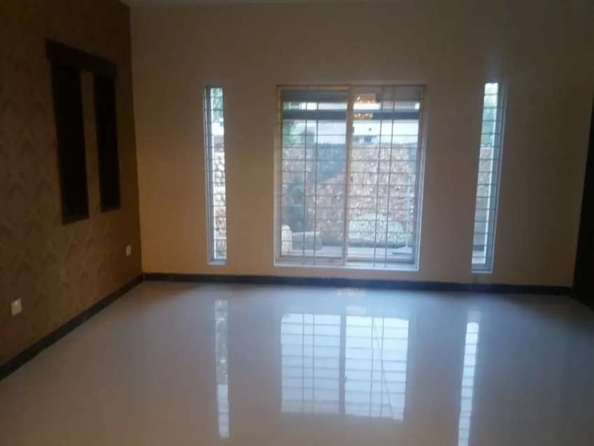 1 kanal uper portion for rent bahria town lahore 0