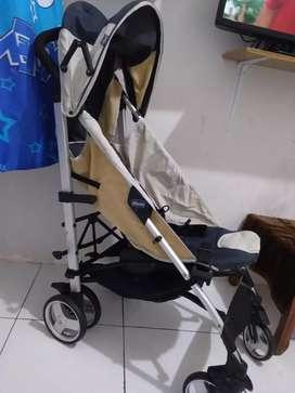 Dijual stroller blm lama beli masih mulus dan kokoh