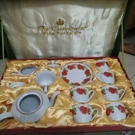 Tea set The Westminster fine porcelain