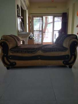 Sofa 3 + 2 + Deewan