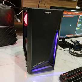 PC Gaming + Monitor 24 Inch