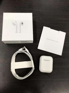 APPLE AIRPODS SERIES 1 IMPORTED BRAND NEW SEAL PACK