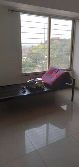 1bhk rent for bachlour and family