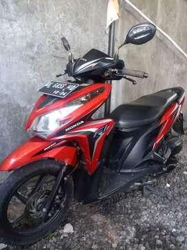 Bali dharma motor, jual Honda Vario tekno 125 thn 2014