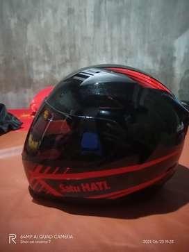Helm fullface KYT ukuran M