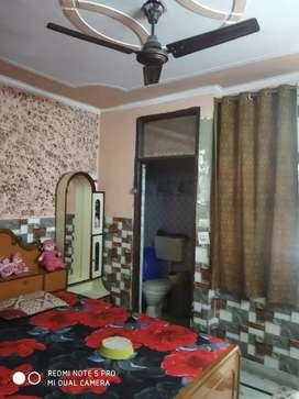 76 gaj 3 bhk flat sale om vihar 3 bike parking 19.5 lakh Uttam Nagar