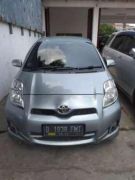 Toyota Yaris E Manual Tahun 2012 bisa tt Jazz/xenia/Avanza/Swift/March