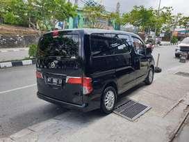 Di jual Nissan Evalia 1500cc tipe XV MT th2013 Hitam cocok buat usaha