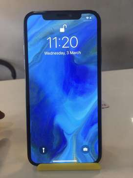 IPHONE X-256GB BRAND NEW CONDITION $£