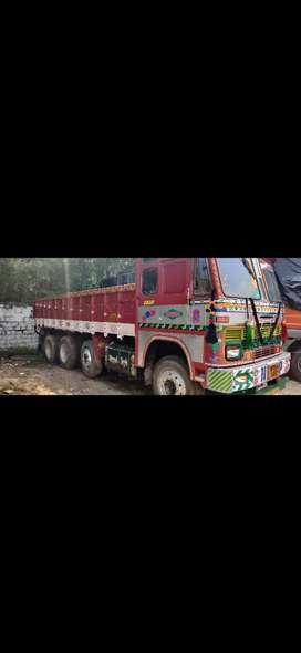 Tata 12 tyre lorry