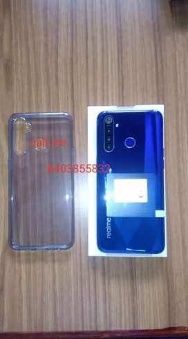 Realme 5 Pro argent cell phone