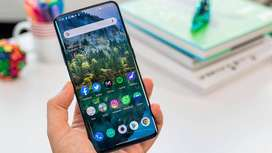 Tuesday sale on one plus 7t pro model is running (certified refurbishe