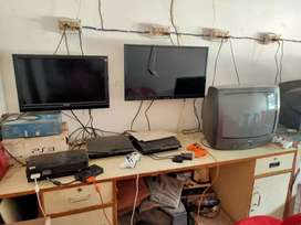 Combo offer. Two(2)  ps - 3 with LED TV , four (4) ps -2 with tv