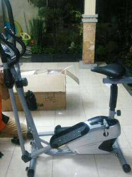 Semi crosstrainer  dua  fungsi TOTAL fitness