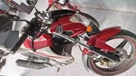 YAMAHA VIXION Jual santai sepeda motor bekas berkualitas