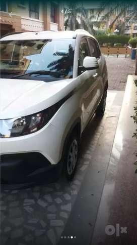 KUV 100, MAHINDRA DIESEL SIX SEATER CAR