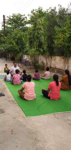 Fit your self @ Start free yoga classes at your colony