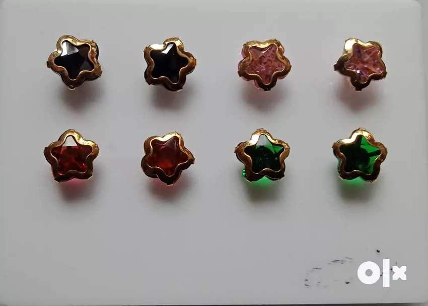 Color stone Butti 18 caret Gold 100% 0