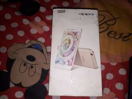 Oppo F1s want to sell headphone also available